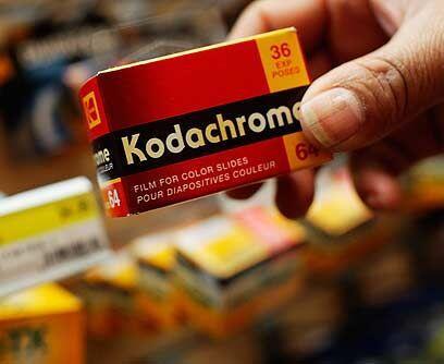 KodachromeKodak introdujo en 1935 el primer rollo fotográfico comercial...