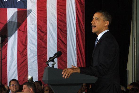Por supuesto, pidió el apoyo del público presente para dirigir al país d...
