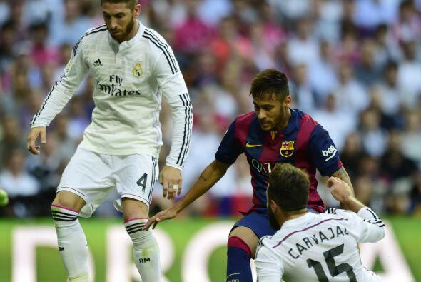 Al final del primer tiempo el Barcelona tuvo el balón pero no encontró e...
