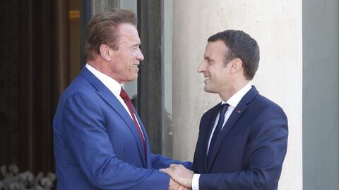 Macron y Schwarzenegger, dos de las figuras más críticas de la decisión...