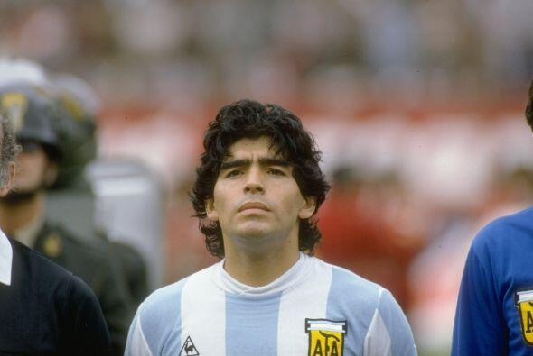 Diego Maradona es otro de los deportistasque han abusado del consumo de...