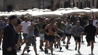 Ultras rusos durante la Euro 2016 en Francia.