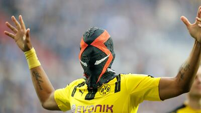 Los dolores de cabeza que le da Aubameyang al departamento de marketing del Dortmund