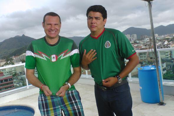 Los dos conductores mexicanos no pueden esperar ni un momento más para v...