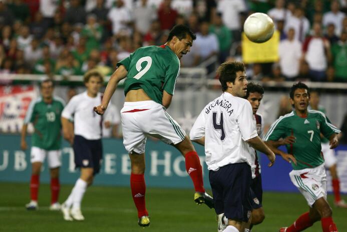 10. Jared Borgetti (México - retirado)