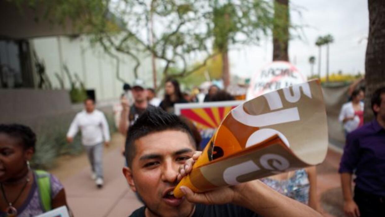 Una protesta por la ley SB1070 en Arizona.