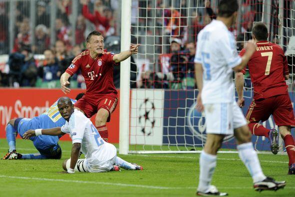 Y justo de una jugada de Ribery surgió el primer gol que convirti...