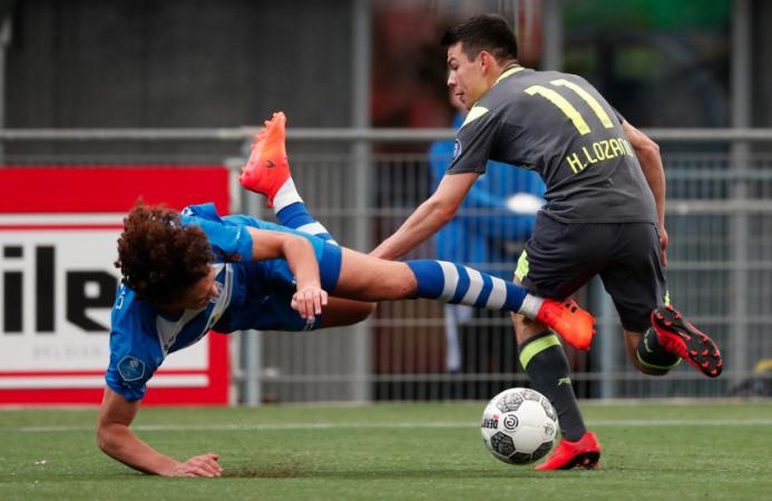 PEC Zwolle 0-[1] PSV: 92 minutos en cancha para Hirving Lozano en este p...