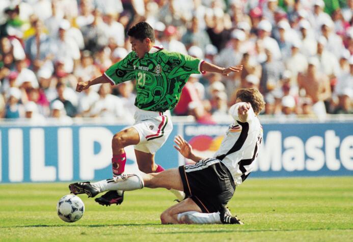 Si Raúl Rodrigo Lara no hubiera fallado en Francia 1998 GettyImages-1191...
