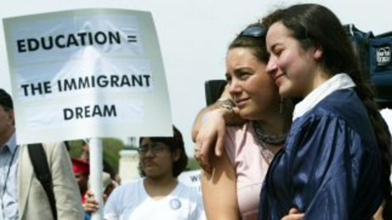 Miles de estudiantes indocumentados piden que en Estados Unidos el 'Drea...