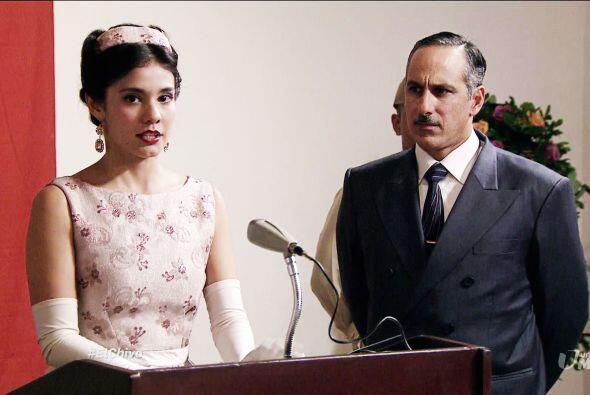 ¿Mariana descubrirá la verdadera cara de su esposo o seguirá cegada por...
