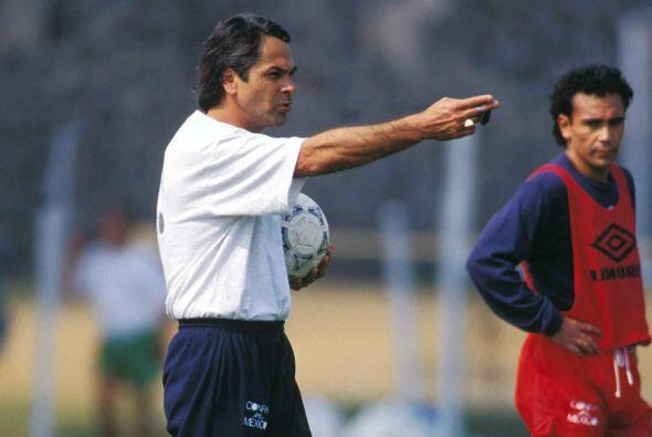 Miguel mantuvo regularidad en todo lo que restó de 1993 con la selección...