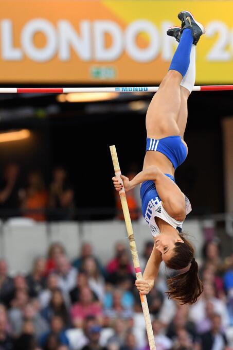 El salto con pértida, una disciplina que no defrauda con su belleza. Eka...