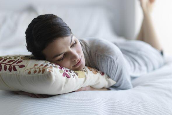 5)Limita las siestas diurnas. Estas podrían interferir en tu sueño noct...