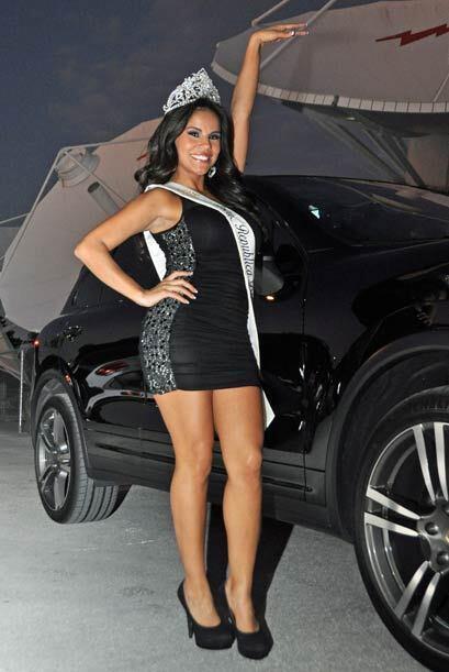 La mexicana Cynthia Piña se coronó Miss República Deportiva 2011 y de in...