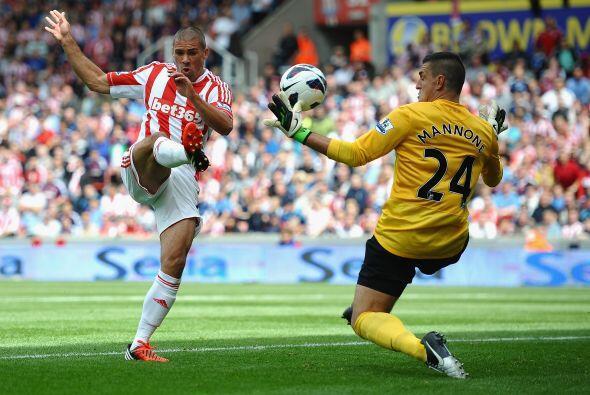 Y es que el Stoke no fue un sencillo rival y también buscaba los...