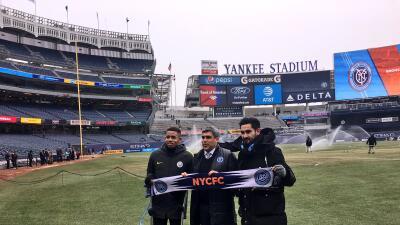 Gabriel Jesus e Ilkay Gundogan en el Yankee Stadium.