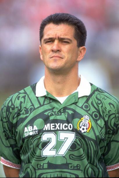 El ex goleador de Cruz Azul Carlos Hermosillo ocupó el cargo de Director...