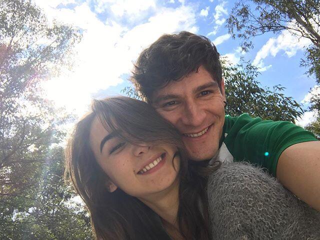 Julia Urbini y Paco Pizaña