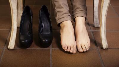 Apunta estos tips para ablandar tus zapatos y dile adiós al dolor de pie...
