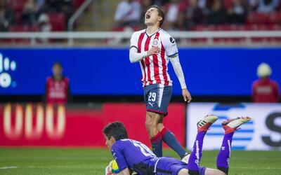 Las lamentaciones han sido constantes en el Guadalajara este semestre.