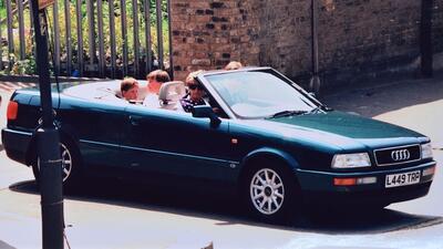 Diana, Princesa de Gales con sus hijos los príncipes Enrique y Gu...