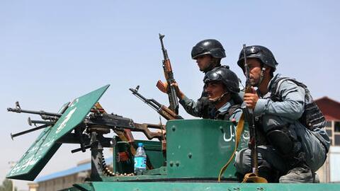 Los turistas viajaban en un convoy bajo la protección del ej&eacu...