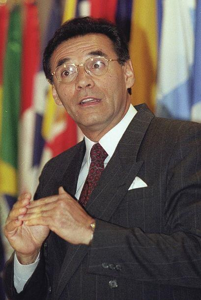 Jamil Mahuad asumió en 1998, tras vencer en esos comicios anticipados, p...