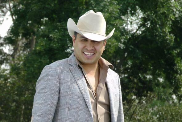 El cantante Julión Álvarez nuevamente en el ojo del huracán.