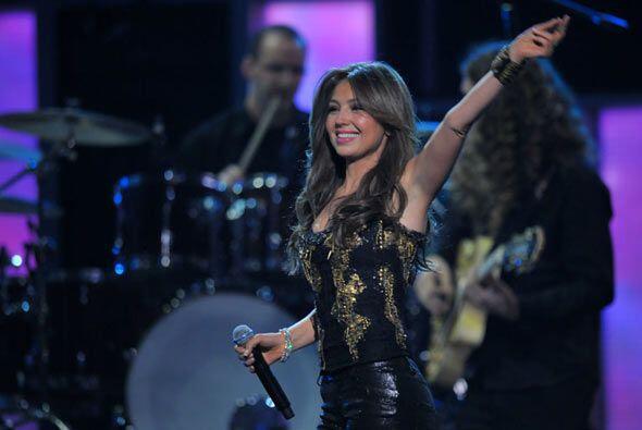 La artista también cantó una de sus canciones más exitosas titulada 'Ent...
