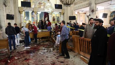 Fotos: Doble atentado contra iglesias en Egipto deja más de 40 muertos