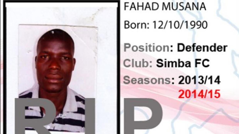 El futbolista ugandés falleció de un paro cardíaco mientras veía el Chel...