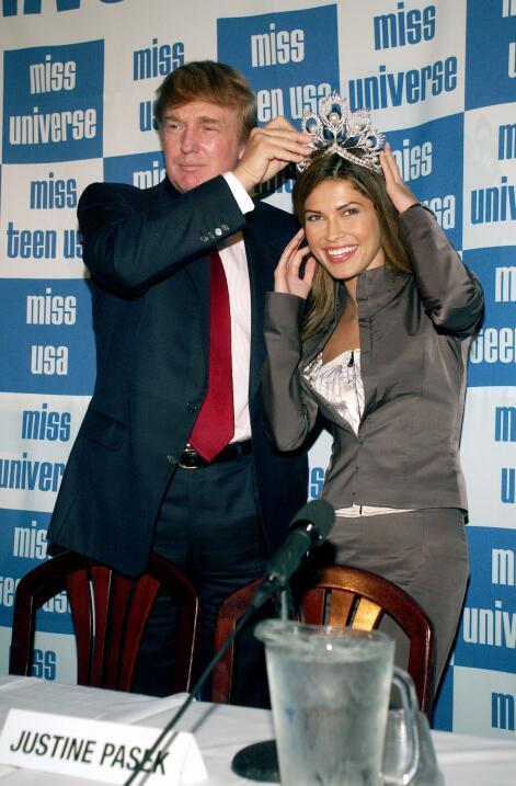 Donald Trump fue socio del concurso Miss Universo entre 1996 y 2015. Aqu...