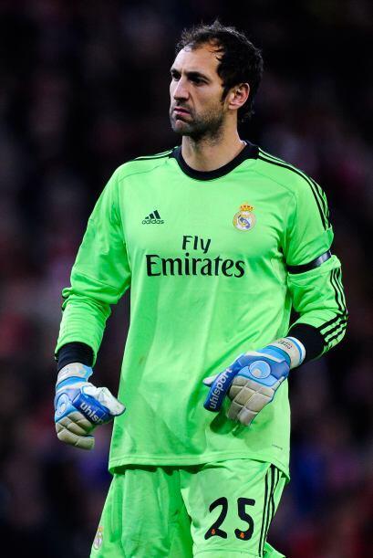 Diego López, un astro bajo de los tres palos, ha recibido solo tres gole...