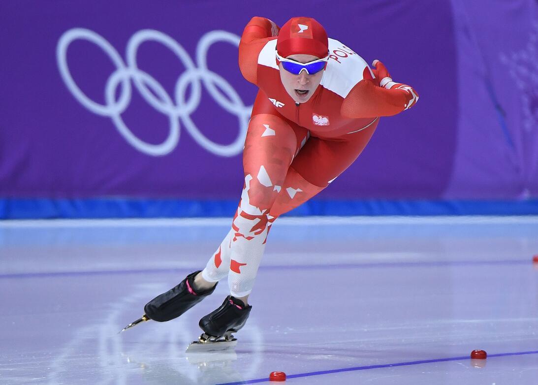 Belleza a la carrera: las atractivas patinadoras de velocidad en los Olí...