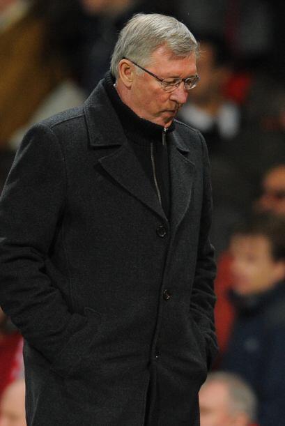 Ferguson se retiró del campo con cara de preocupación ya uqe fallaron en...