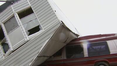 Accidentes vehiculares, rescates e inundaciones, los resultados de las lluvias en los últimos días en el Metroplex
