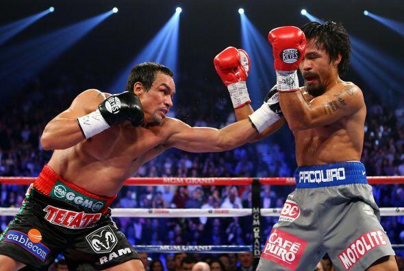 16.-Derrotando al campeón  El 8 de diciembre el boxeador mexicano...