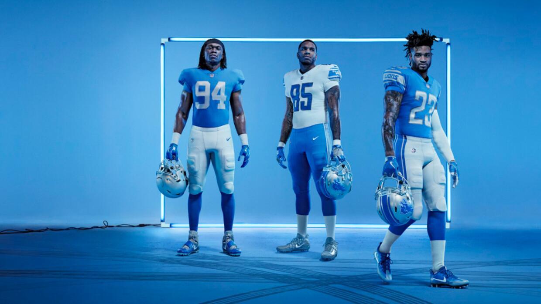 Los Detroit Lions revelaron sus nuevos uniformes para la temporada 2017.
