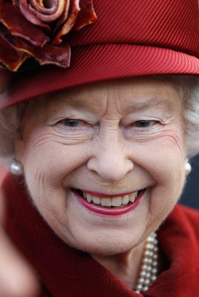 REINA ELIZABETH II- La transparencia con la que se maneja la monarquía i...