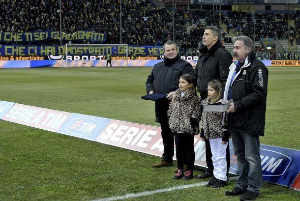 Parma fue el primer club   donde el delantero jugó en Italia y Europa.