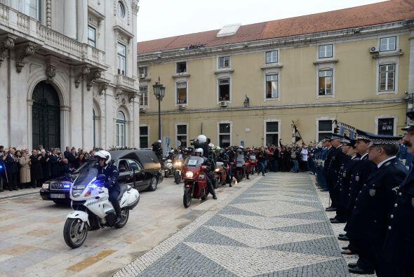 Tras una breve parada, la marcha continuó hasta la iglesia del ba...
