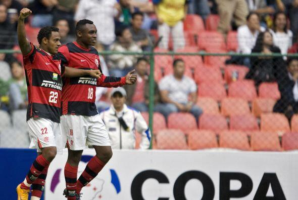 El primer duelo de esta eliminatoria se desarrolló en el estadio Azteca,...