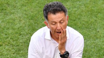 En Paraguay insultan a Juan Carlos Osorio porque aún no se presenta a trabajar