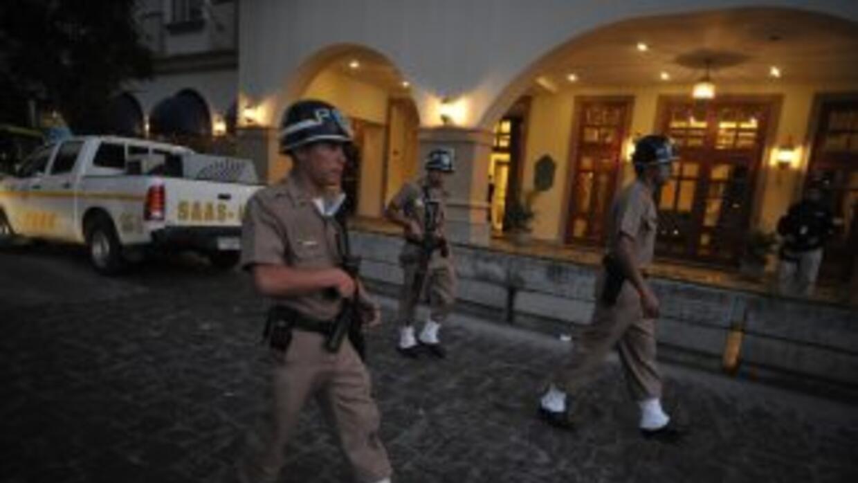 Un tribunal de Guatemala condenó a tres hermanos a 50 años de cárcel por...