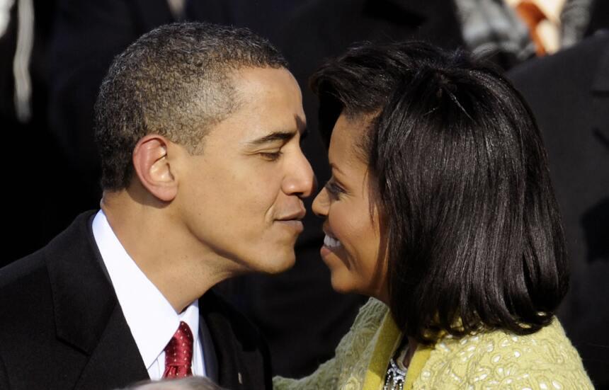 Michelle y Barack Obama: los amantes de la Casa Blanca GettyImages-84373...