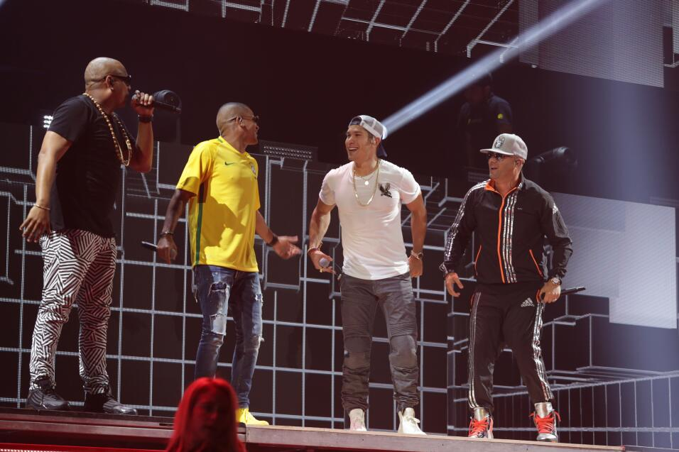 Chyno, Wisin y Gente de Zona en los ensayos de Premios Juventud.