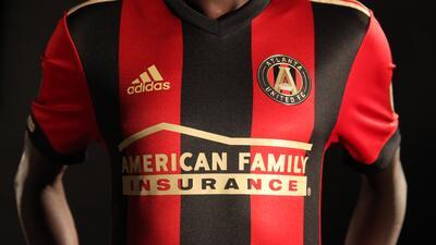 Atlanta United, el equipo del 'Tata' Martino, presentó su uniforme para la temporada 2017