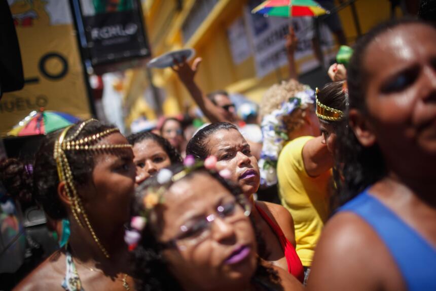 Pese a todo los intentos por desterrar el miedo al zika, el carnaval suf...