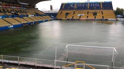 ¿La Gran Pecera? Lluvias inundaron el estadio de los Dorados de Maradona